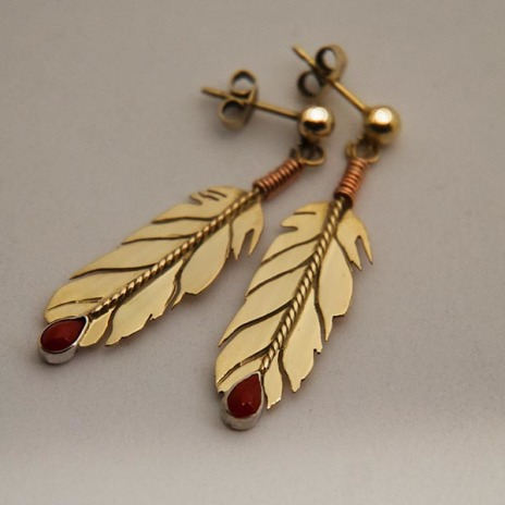 Anishinaabe-style 21K gold set of eagle feather post-back earrings mounted with red corals