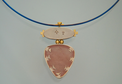 Aandi Endanii-ag necklace back side