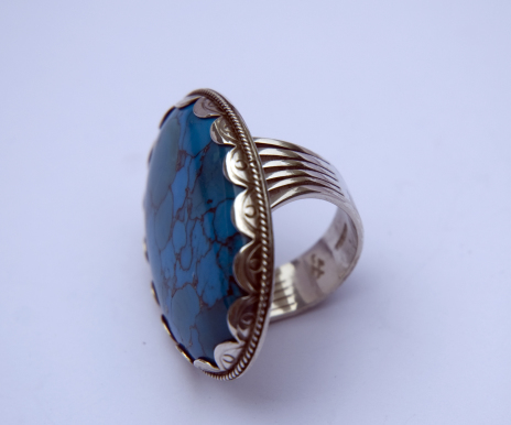 Anishinaabe Ojibwe Native American-inspired ladies' ring of silver and turquoise - Gichigamiin, Akiiwin Onda'inaan