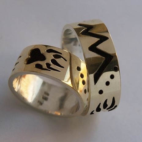 Natrive American storyteller wedding rings Bear Path