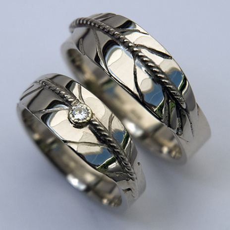 Native American Style Eagle Feather Rings Of White Gold And Diamond Wedding